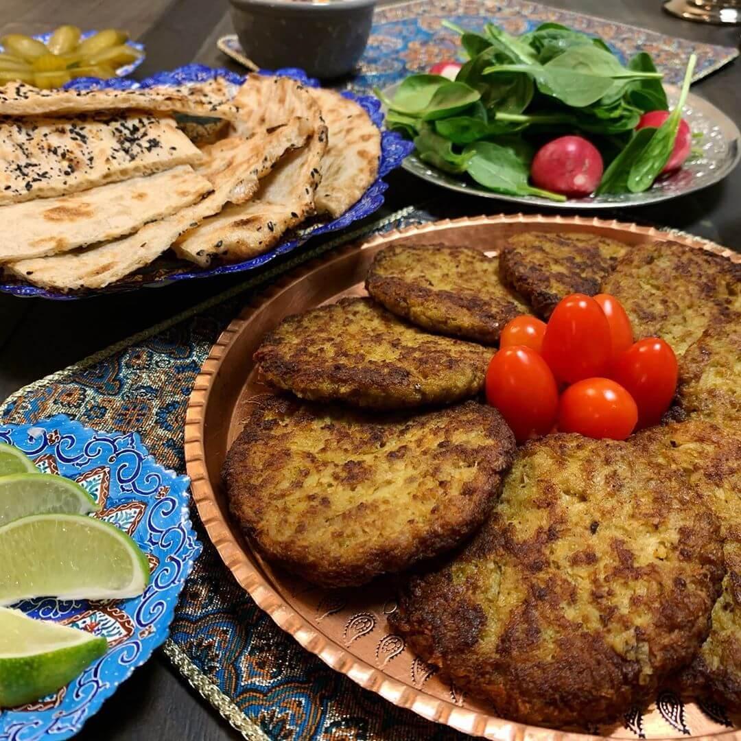 Kotlet-Persian-Cutlet-with-Sangak-Bread-toasted-flatbread-cuisine-recipes-lavash-arazlavash-breadmasters-breadmasters.com1