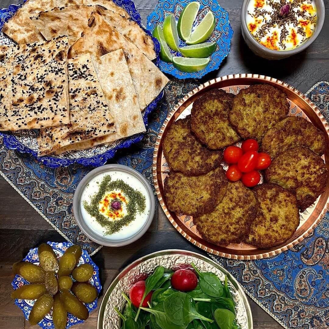 Kotlet-Persian-Cutlet-with-Sangak-Bread-toasted-flatbread-cuisine-recipes-lavash-arazlavash-breadmasters-breadmasters.com