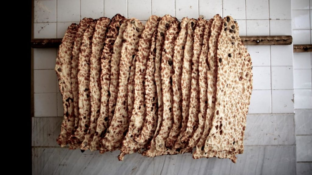 Breadmasters ARA-Z United State's premier flatbread. Lavash, Sangak and Markook flatbread. Available to order online on www.breadmasters.com