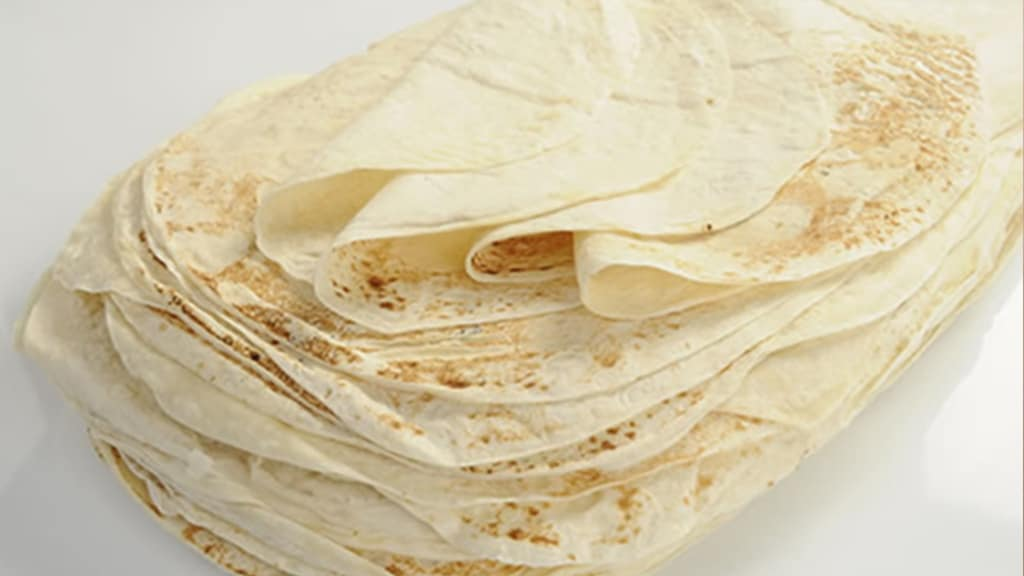 Armenian Lavash Flatbread Features. One of the most specific features, which is visible is the thinness. Lavash is among the thinnest breads in the world.