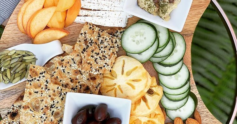 sangak-crisps-appetizer-spread-breadmasters-araz