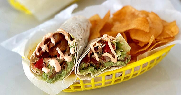 Avocado-BLT-Wraps-markook-thinnest-flatbread-sandwich-araz-arazlavash-breadmasters-breadmasters.com