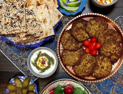Kotlet-Persian-Cutlet-with-Sangak-Bread-toasted-flatbread-cuisine-recipes-lavash-arazlavash-breadmasters-breadmasters.com (1)